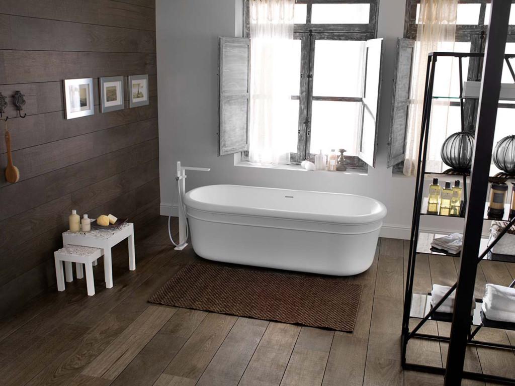 Bois ou carrelage pour le sol de la salle de bain ?   viving