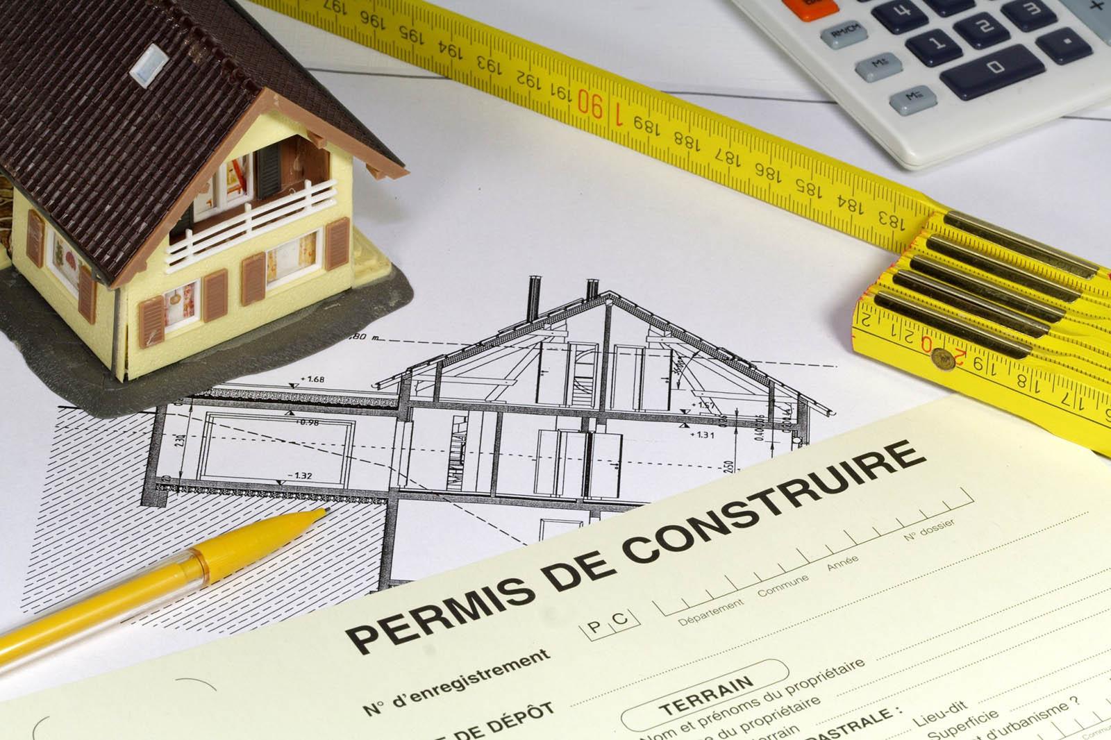 Travaux d 39 extension d 39 une maison permis et formalit s - Construction garage sans permis de construire ...