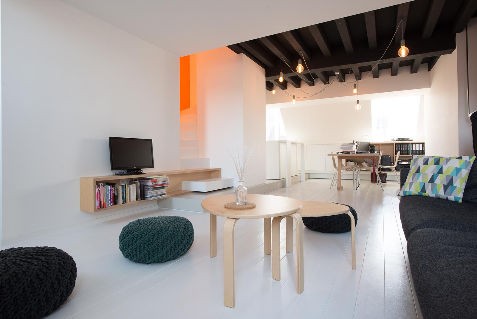 Appartement sous combles. Comment créer une cuisine ou un séjour ...