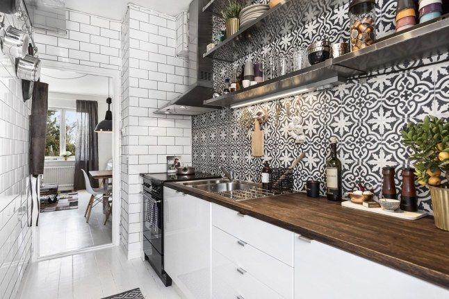 Le retour tr s tendance des carreaux de ciment viving for Credence cuisine noir et blanc